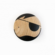 Sketch Inc. wall hook knob Pirate