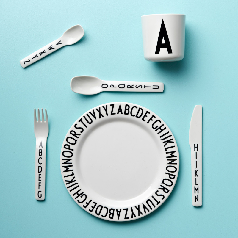 Design Letters cup K